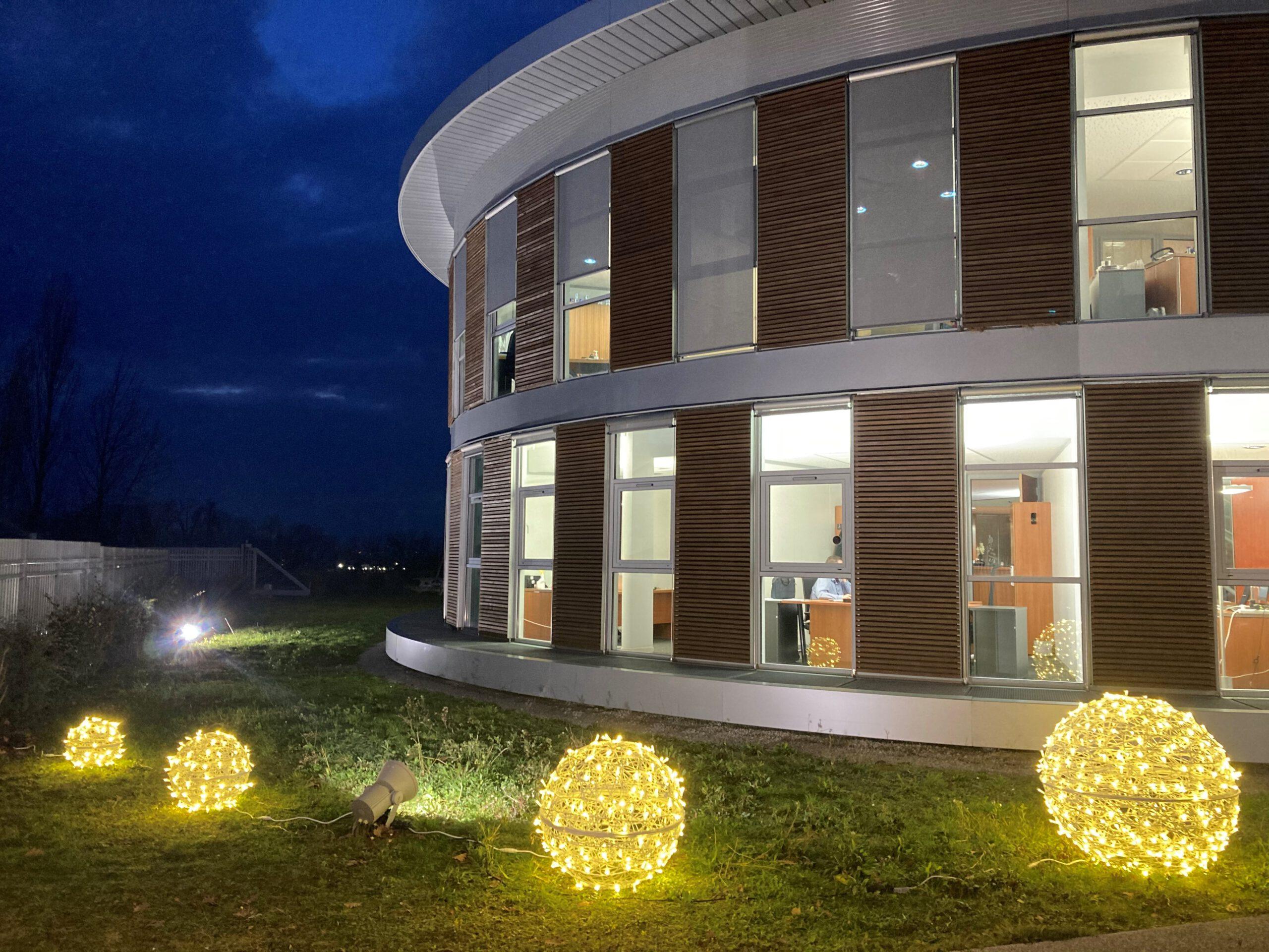 openwork decorations terrachristmas