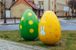 The Polish province that inspires – XXL Easter decorations in two western towns