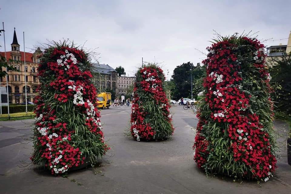 flower-towers